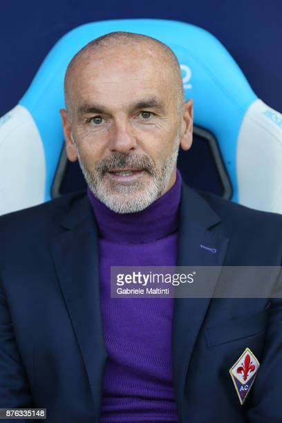 Stefano Pioli manager of ACF Fiorentina looks on during the Serie A match between Spal and ACF Fiorentina at Stadio Paolo Mazza on November 19 2017...