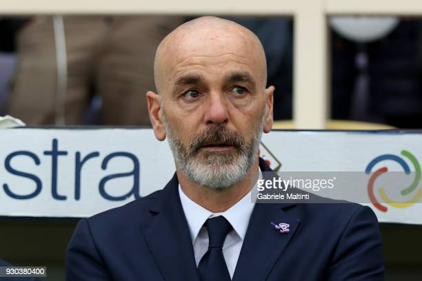 Stefano Pioli manager of ACF Fiorentina looks on during the serie A match between ACF Fiorentina and Benevento Calcio at Stadio Artemio Franchi on...
