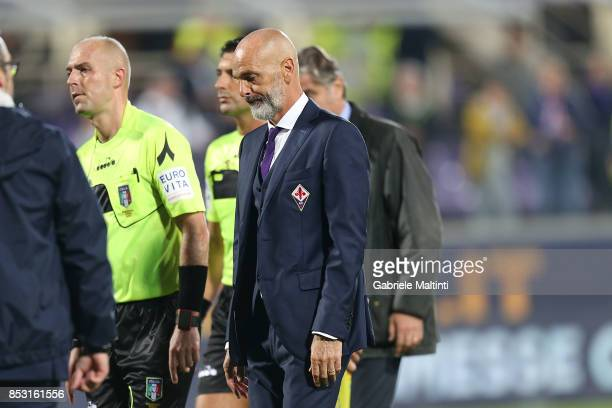 Stefano Pioli manager of ACF Fiorentina shows his dejection during the Serie A match between FC Crotone and Benevento Calcio at Stadio Artemio...