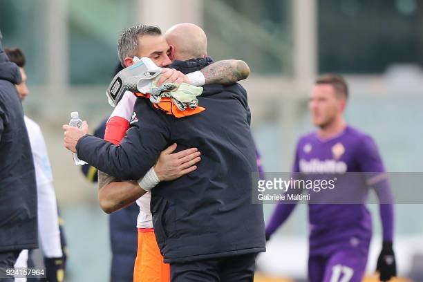 Stefano Pioli manager of AFC Fiorentina and Stefano Sorrentino of AC Chievo Verona during the serie A match between ACF Fiorentina and AC Chievo...