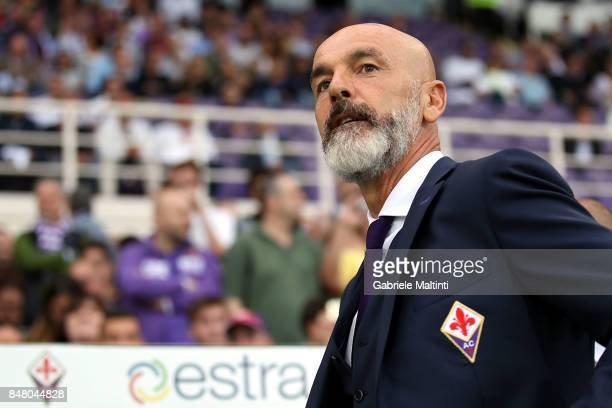 Stefano Pioli manager of AFC Fiorentina gestures during the Serie A match between ACF Fiorentina and Bologna FC at Stadio Artemio Franchi on...