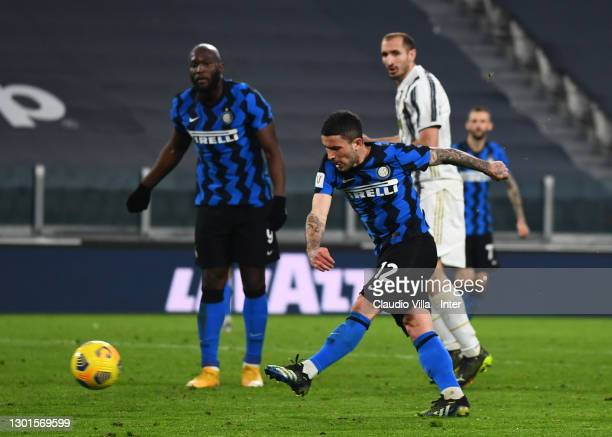 Stefano Sensi of FC Internazionale in action during the Coppa Italia semi-final Juventus and FC Internazionale at Allianz Stadium on February 09,...