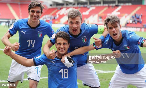 Stefano Vaghi Francesco Semeraro Nicolo Armini and Nicolo Fagioli of Italy celebrate their win over belgium during the UEFA European Under17...