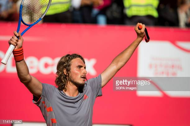 Stefanos Tsitsipas from Greece thanks the public after winning the semifinal against David Goffin from Belgium at the Millennium Estoril Open ATP 250...