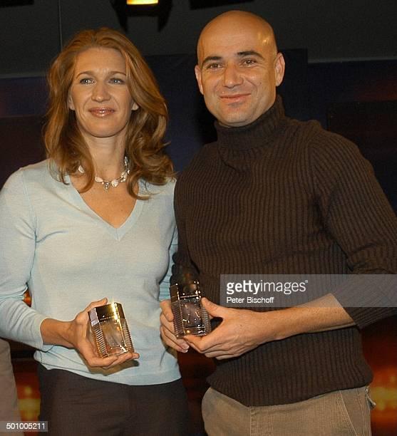 """Steffi Graf, Ehemann Andre Agassi, ZDF-Talk-Show """"J o h a n n e s B . K e r n e r - S h o w"""", , in Herzogenauchrach, Deutschland, Prod.-Nr.:..."""