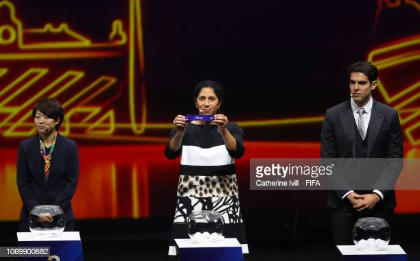Steffi Jones picks out Italy during the FIFA Women's World Cup France 2019 Draw at La Seine Musicale on December 8 2018 in Paris France