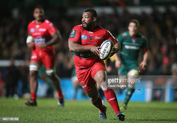 Steffon Armitage of Toulon breaks with the ball during the European Rugby Champions Cup group 3 match between Leicester Tigers and RC Toulon at...