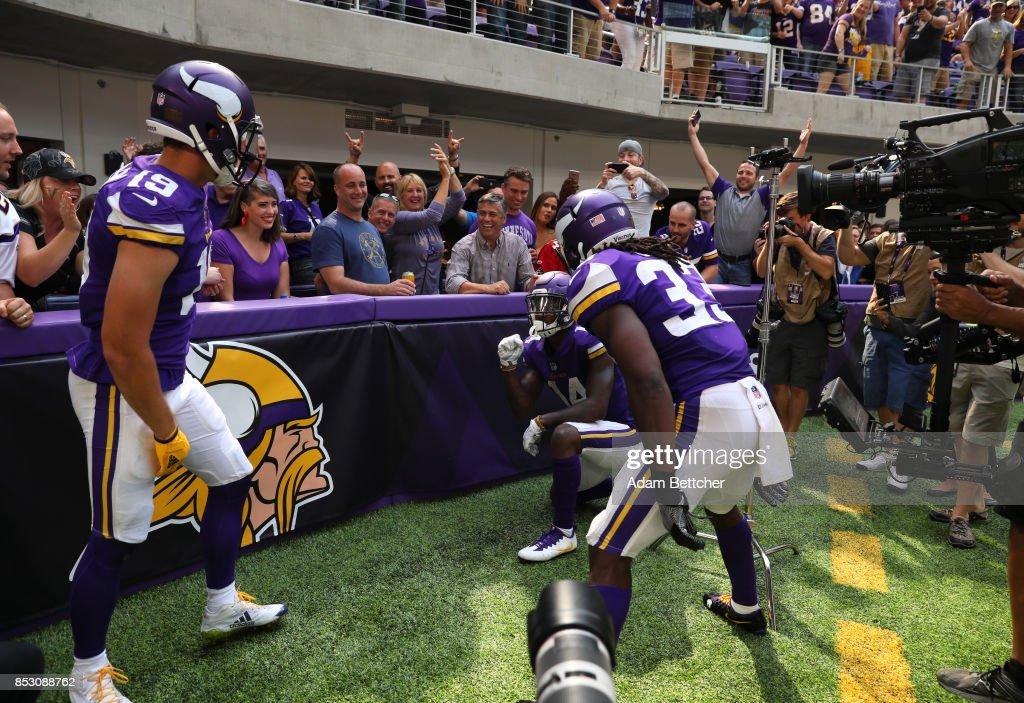 Tampa Bay Buccaneers v Minnesota Vikings : News Photo