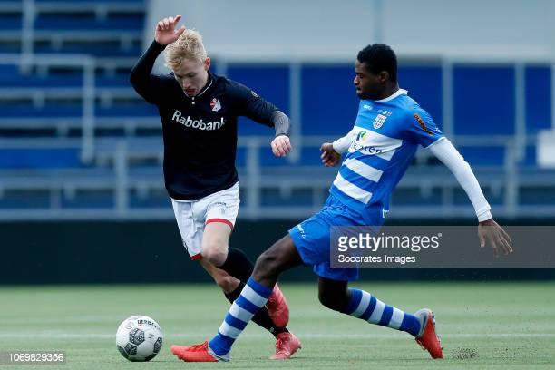 Steijn Strijker of FC Emmen U19 Carlos Tomas of PEC Zwolle U19 during the match between PEC Zwolle U19 v FC Emmen U19 at the MAC3PARK Stadion on...