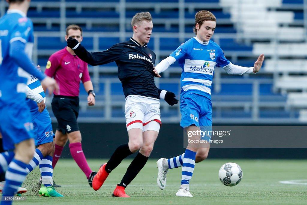 Steijn Strijker Of Fc Emmen U19 Thomas Beelen Of Pec Zwolle U19 News Photo Getty Images