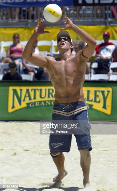 Stein Metzger sets the ball to teammate Jake Gibb during the match against Todd Rogers and Sean Scott at the AVP 2005 Nissan Series Santa Barbara...
