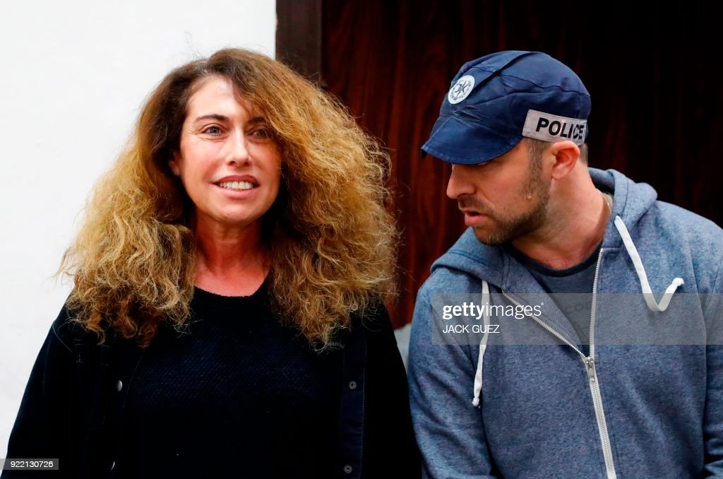 Stella Handler (L), CEO of the Israeli Bezeq telecommunication company, appears in the Israeli Justice Court in Tel Aviv in one of the graft probes threatening the Israeli prime minister on February 21, 2018. / AFP PHOTO / JACK GUEZ / The erroneous mention[s] appearing in the metadata of this photo by JACK GUEZ has been modified in AFP systems in the following manner: [Stella] instead of [Setla]. Please immediately remove the erroneous mention[s] from all your online services and delete it (them) from your servers. If you have been authorized by AFP to distribute it (them) to third parties, please ensure that the same actions are carried out by them. Failure to promptly comply with these instructions will entail liability on your part for any continued or post notification usage. Therefore we thank you very much for all your attention and prompt action. We are sorry for the inconvenience this notification may cause and remain at your disposal for any further information you may require.
