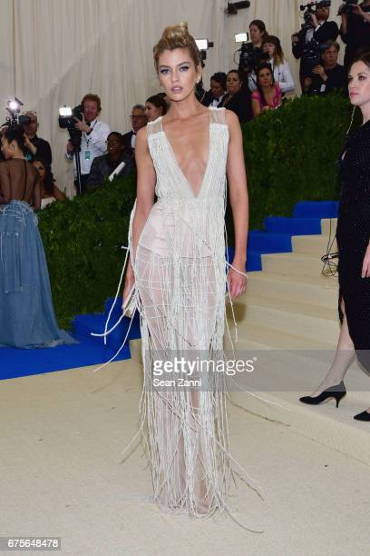 Stella Maxwell arrives at Rei Kawakubo/Comme des Garcons Art Of The InBetween Costume Institute Gala at The Metropolitan Museum on May 1 2017 in New...