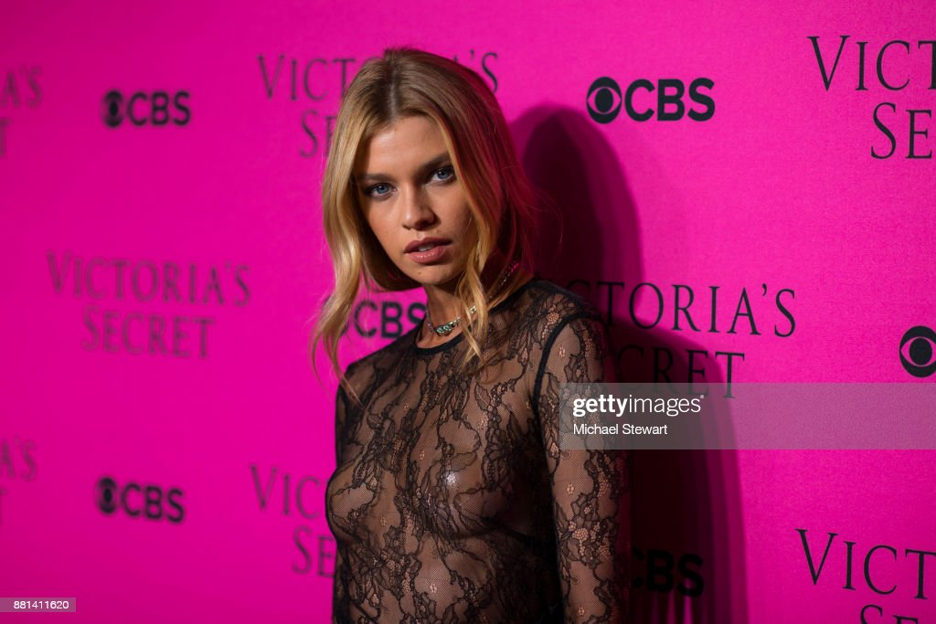 Stella Maxwell attends the 2017 Victoria's Secret Fashion Show viewing party pink carpet at Spring Studios on November 28, 2017 in New York City.