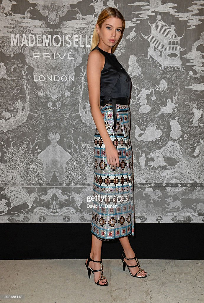 Stella Maxwell attends the Mademoiselle Prive Exhibition at the Saatchi Gallery on October 12, 2015 in London, England.