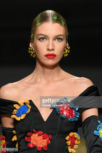 Stella Maxwell walks the runway at the Moschino show during the Milan Fashion Week Spring/Summer 2020 on September 19, 2019 in Milan, Italy.