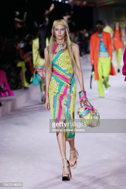 Stella Maxwell walks the runway at the Versace fashion show during the Milan Fashion Week - Spring / Summer 2022 on September 24, 2021 in Milan,...