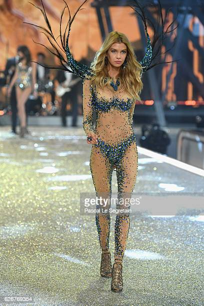 Stella Maxwell walks the runway at the Victoria's Secret Fashion Show on November 30 2016 in Paris France