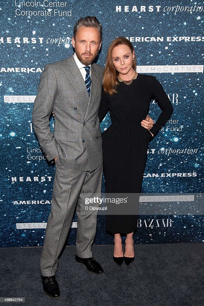 Stella McCartney (R) and husband Alasdhair Willis attend the 2014 Women's Leadership Award Honoring Stella McCartney at Alice Tully Hall at Lincoln Center on November 13, 2014 in New York City.