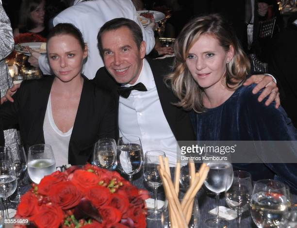 Stella McCartney and Jeff Koons attend the 12th Annual ACE Awards at Cipriani 42nd Street on November 3, 2008 in New York City.