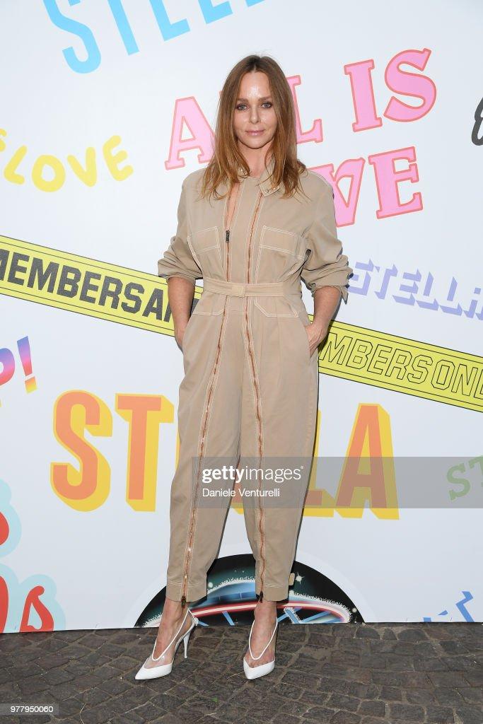 Stella McCartney Photocall - Milan Men's Fashion Week Spring/Summer 2019 : News Photo