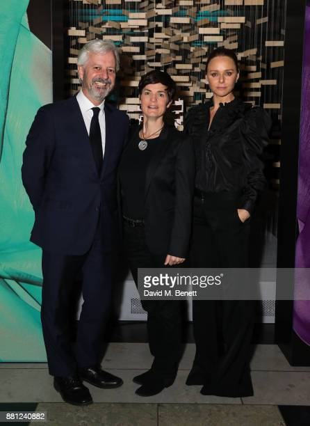 ed1989a156 Stella McCartney Ellen MacArthur and Andrew Morlet attend the launch of the  Circular Fibres Initiate Report