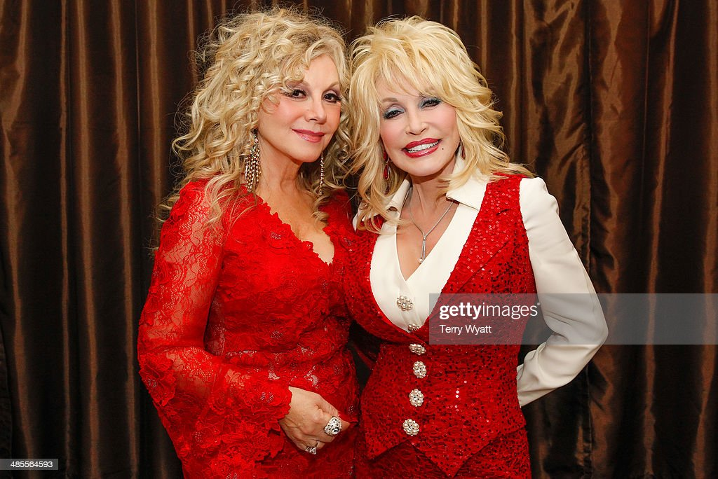 Stella Parton's Red Tent Women's Conference 2014 - Day 1 : News Photo