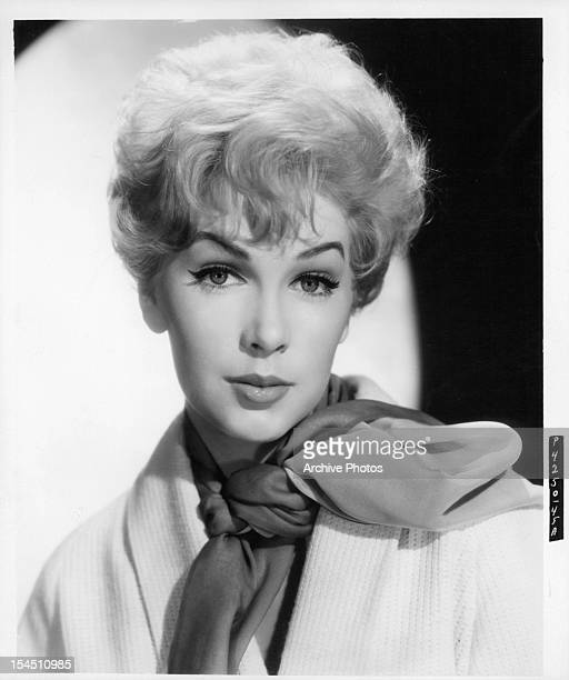Stella Stevens in a publicity portrait for the film 'ManTrap' 1961
