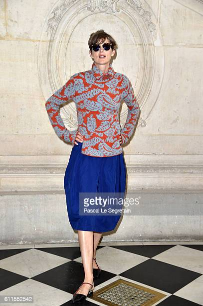 Stella Tenant attends the Christian Dior show of the Paris Fashion Week Womenswear Spring/Summer 2017 on September 30 2016 in Paris France