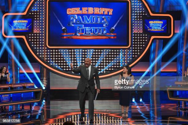 FEUD Steph Curry vs Chris Paul and Laurie Hernandez vs Shawn Johnson East The celebrity teams competing to win cash for their charities feature NBA...