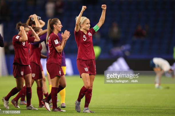 Steph Houghton of England celebrates victory after the 2019 FIFA Women's World Cup France group D match between England and Argentina at Stade Oceane...