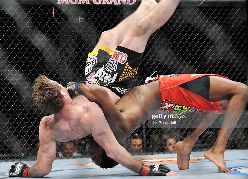 UFC 94 Georges St-Pierre v BJ Penn 2 : News Photo