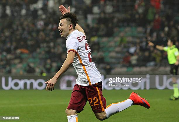 Stephan El Shaarawy of AS Roma celebrates his goal during the Serie A match between US Sassuolo Calcio and AS Roma at Mapei Stadium Città del...