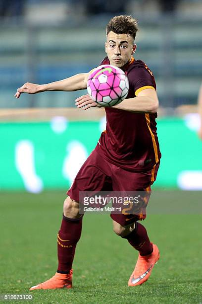 Stephan El Shaarawy of AS Roma in action during the Serie A match between Empoli FC and AS Roma at Stadio Carlo Castellani on February 27 2016 in...