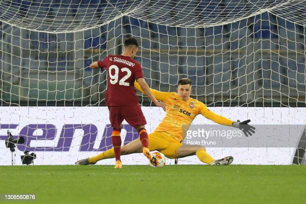 Stephan El Shaarawy of A.S Roma scores their side's second goal past Anatoliy Trubin of Shakhtar Donetsk during the UEFA Europa League Round of 16...
