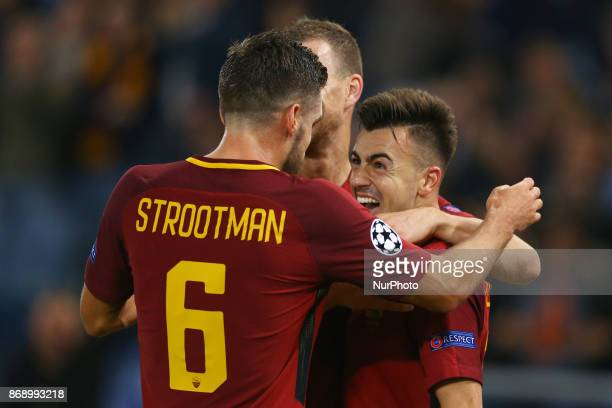 Stephan El Shaarawy of Roma celebrating with Kevin Strootman during the UEFA Champions League group C match between AS Roma and Chelsea FC at Stadio...