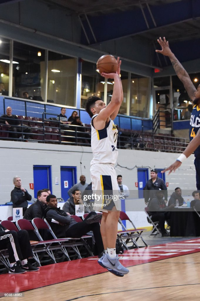 Stephan Hicks #17 of the Fort Wayne Mad Ants shoots the ball during the NBA G-League Showcase Game 23 between the Salt Lake City Stars and the Fort Wayne Mad Ants on January 13, 2018 at the Mississauga SportZone in Mississauga, Ontario Canada.
