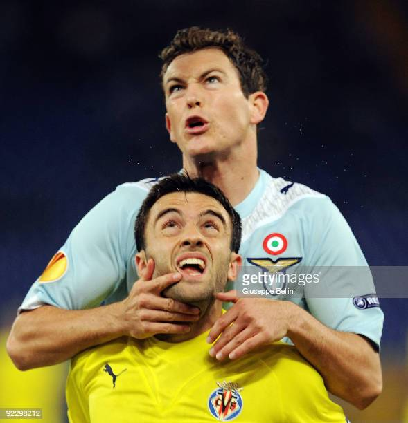 Stephan Lichsteiner SS Lazio and Giuseppe Rossi of Villarreal CF during the UEFA Europa League group G match between SS Lazio and Villareal CF at...