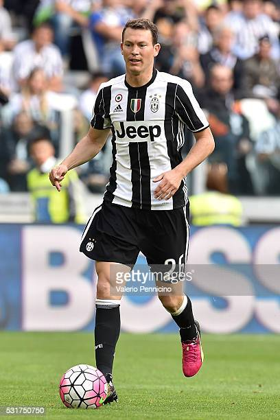 Stephan Lichtsteiner of Juventus FC in action during the Serie A match between Juventus FC and UC Sampdoria at Juventus Arena on May 14 2016 in Turin...