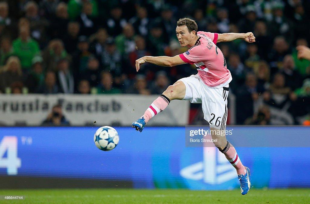 VfL Borussia Monchengladbach v Juventus - UEFA Champions League : Foto di attualità