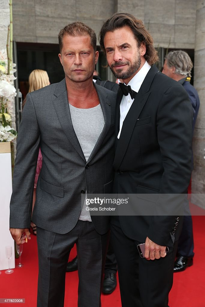Stephan Luca and Til Schweiger (L) arrive for the German Film Award 2015 Lola (Deutscher Filmpreis) at Messe Berlin on June 19, 2015 in Berlin, Germany.
