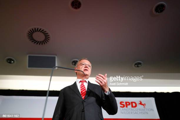 Stephan Weil, incumbent candidate of the German Social Democrats , speaks to supporters following initial results that give the SPD a 1st-place...