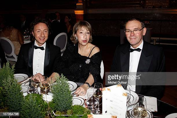 Stephane Bern MarieAnne Montchamp and Jean Jacques Aillagon attend the Nuit de l'Enfance 2010 Gala in Versailles at Chateau de Versailles on December...