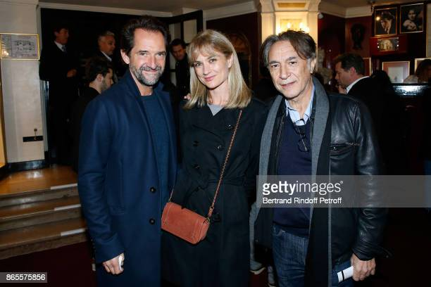 Stephane De Groodt Richard Berry and his wife Pascale Louange attend the Ramses II Theater Play at Theatre des Bouffes Parisiens on October 23 2017...