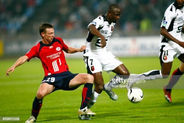 Stephane DUMONT / John UTAKA - - Lille / Rennes - 36eme journee de Ligue 1 -
