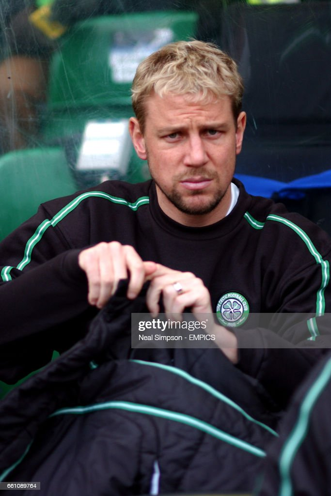 Soccer - Bank of Scotland Premier Division - Celtic v Rangers - Celtic Park : News Photo