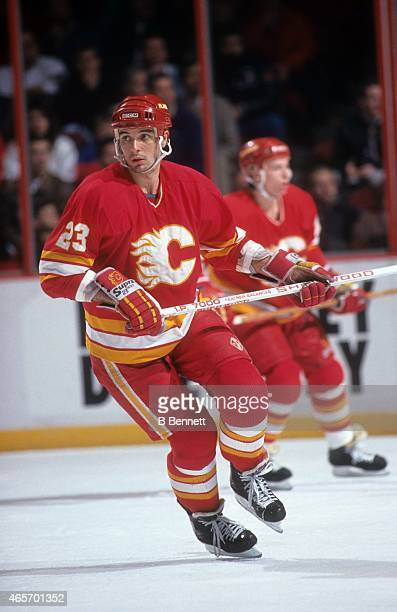 Stephane Matteau of the Calgary Flames skates on the ice during an NHL game against the Philadelphia Flyers on November 8 1990 at the Spectrum in...