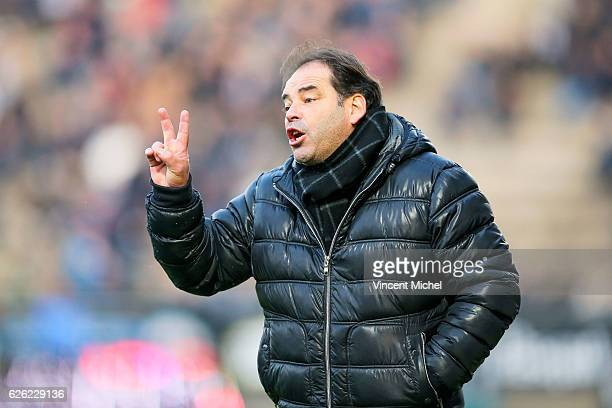 Stephane Moulin headcoach of Angers during the French Ligue 1 match between Angers and Saint Etienne on November 27 2016 in Angers France