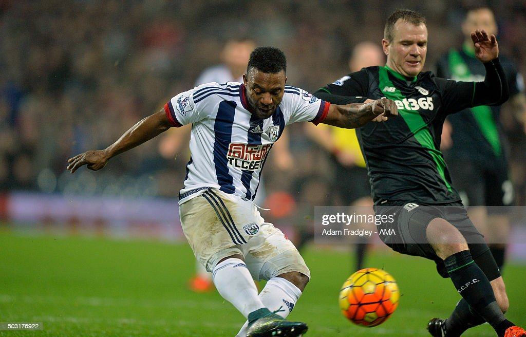 Stephane Sessegnon of West Bromwich Albion scores a goal to make it 1-0 during the Barclays Premier League match between West Bromwich Albion and Stoke City at The Hawthorns on January 02, 2016 in West Bromwich, England.