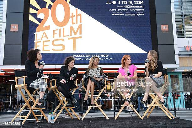 Stephanie Allain Amy Heckerling Stacey Dash Elisa Donovan and Alicia Silverstone attend the Film Independent's prefestival outdoor screening of...